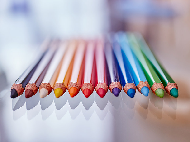 Learning with the help of colour